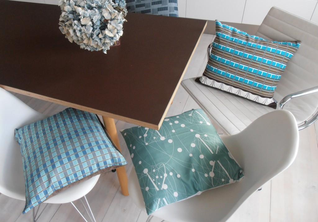 architekturkissen s wert design. Black Bedroom Furniture Sets. Home Design Ideas