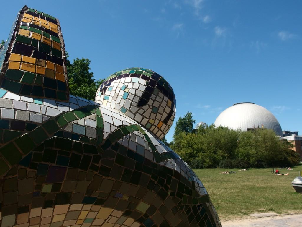 Das kugelförmige Planetarium an der Prenzlauer Allee