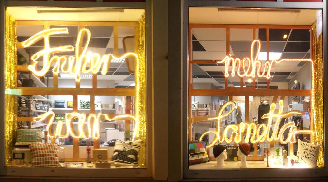 Leuchtschrift im s.wert shop