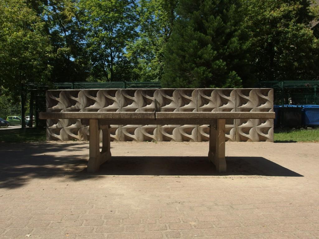Geometische Formen auf dem Spielplatz Ella Kay Strasse